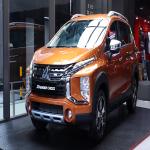 Cửa hít cho xe Mitsubishi Xpander Cross - Nâng tầm đẳng cấp xe hơi_0