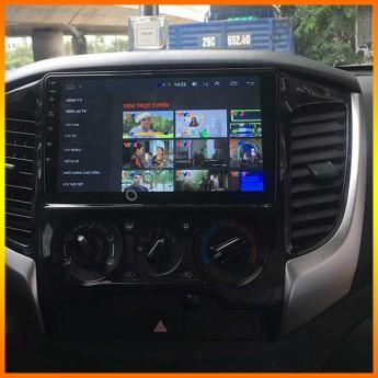 Tư vấn cho khách hàng sửa màn hình android cho xe Triton